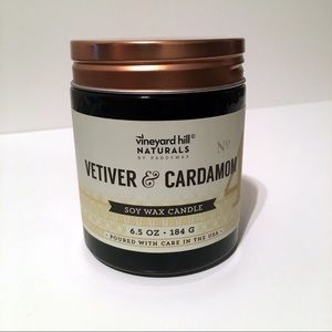 Vineyard Hill Vetiver & Cardamom Soy Wax Candle